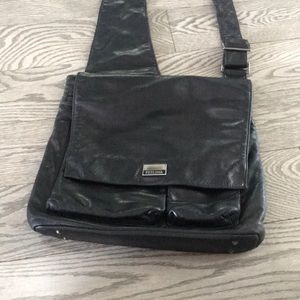 Perlina messenger bag for anyone